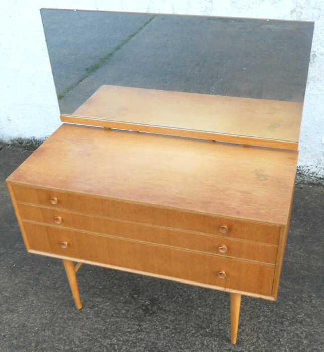 1960 s light wood retro dressing table by meredew for Retro dressing table