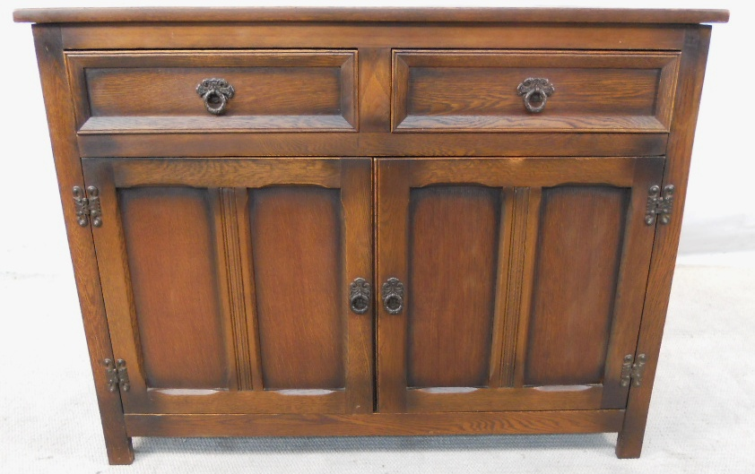 antique style oak sideboard cupboard base. Black Bedroom Furniture Sets. Home Design Ideas