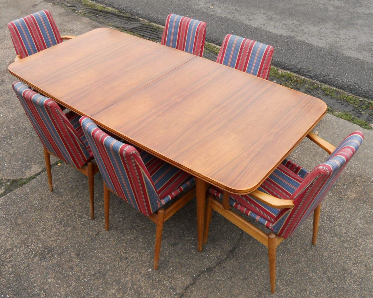 Archie shine rosewood teak dining room suite by robert for G plan heritage dining room furniture