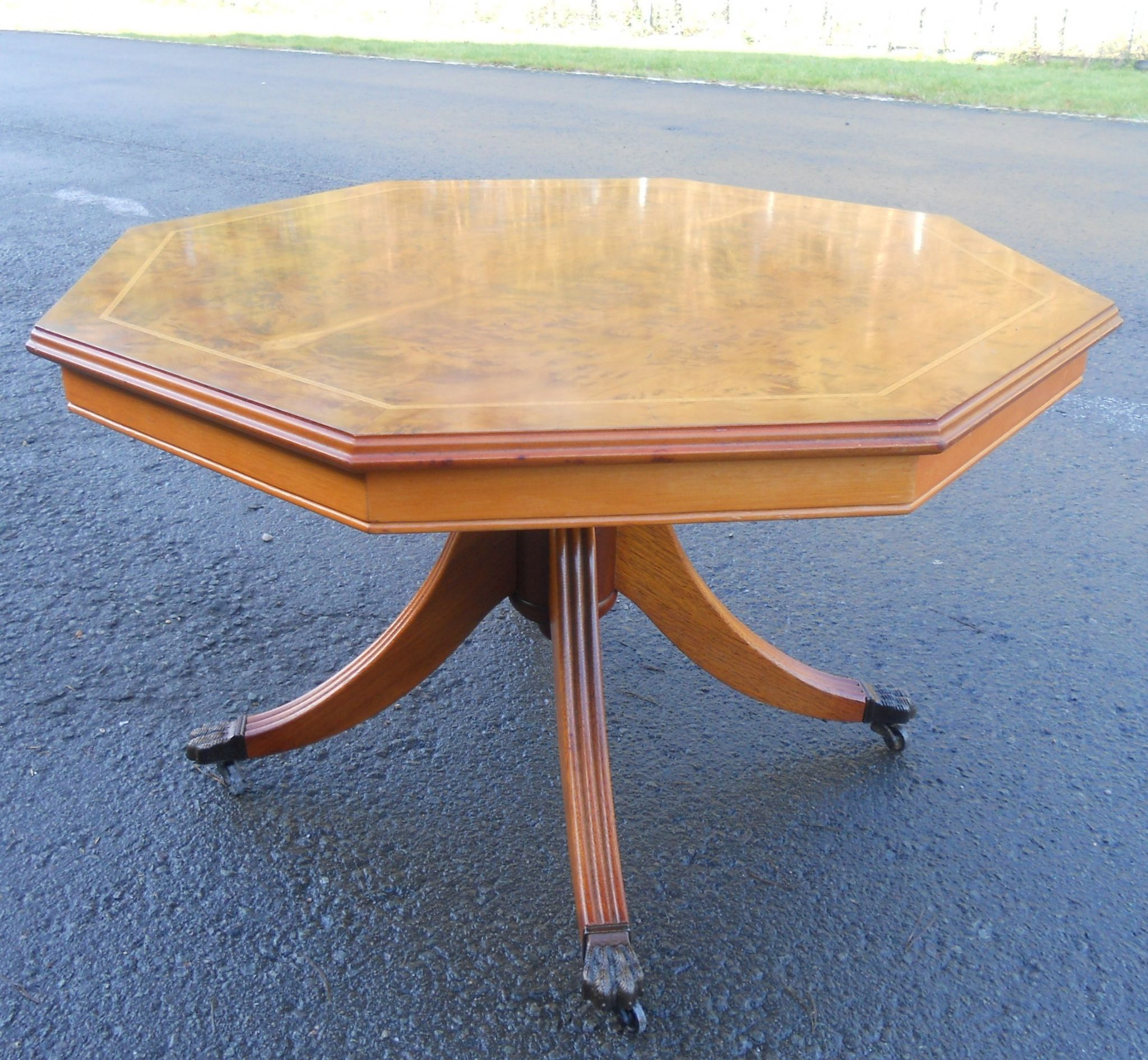 Burr elm octagonal top pedestal coffee table for Octagon coffee table plans