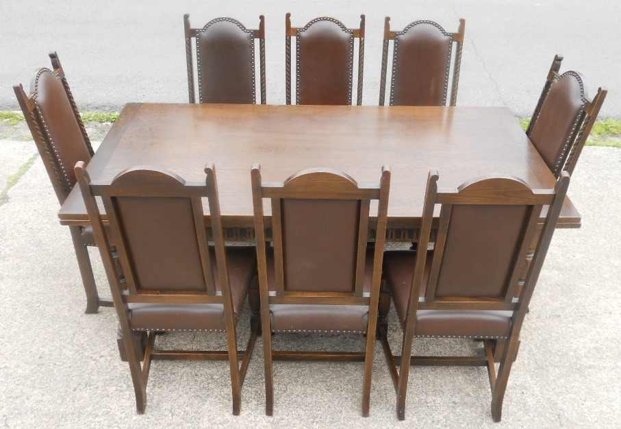 Oak Dining Room Table And Four Highback Chairs