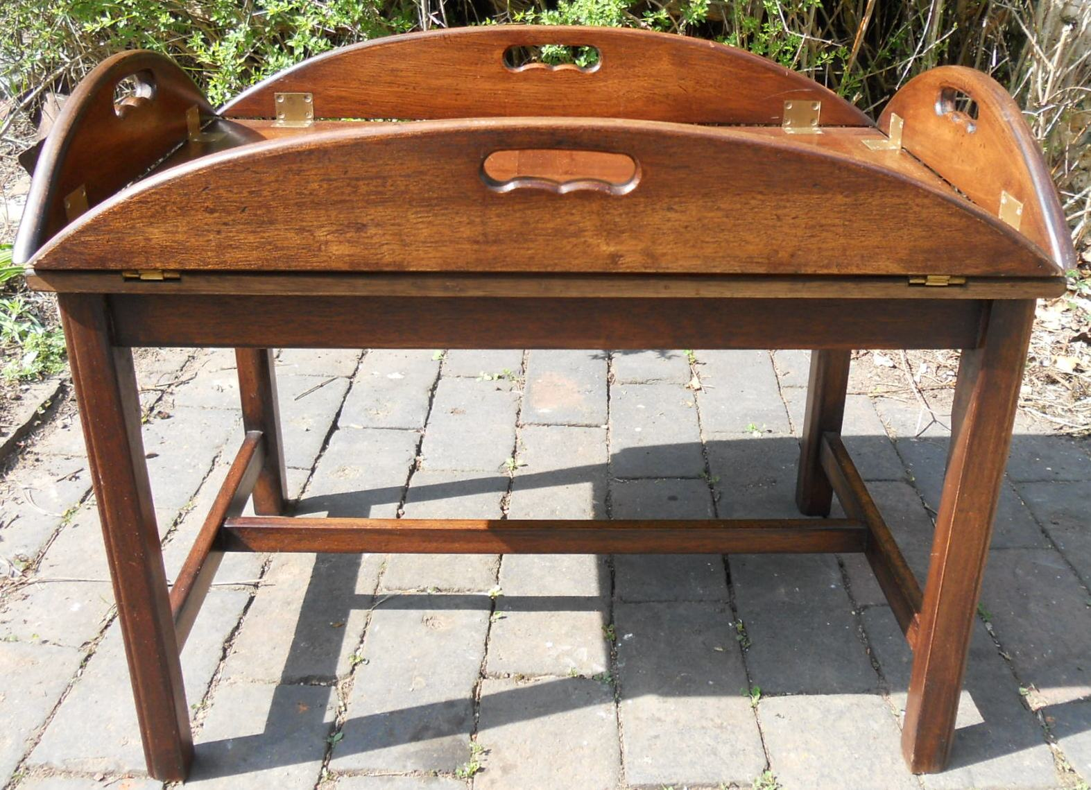 Folding tray top mahogany coffee table for Stand up coffee table