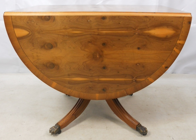 Georgian style yew dropleaf dining table sold for Yew sofa table