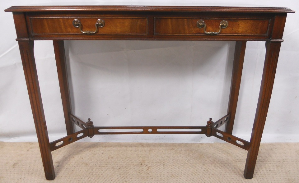 Mahogany Console Table in Antique Georgian Style SOLD : mahogany console table in antique georgian style sold 2749 p from www.harrisonantiquefurniture.co.uk size 961 x 589 jpeg 188kB