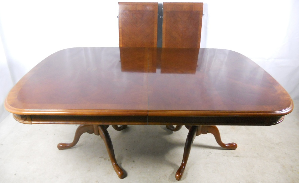 mahogany extending dining table to seat 10 sold. Black Bedroom Furniture Sets. Home Design Ideas