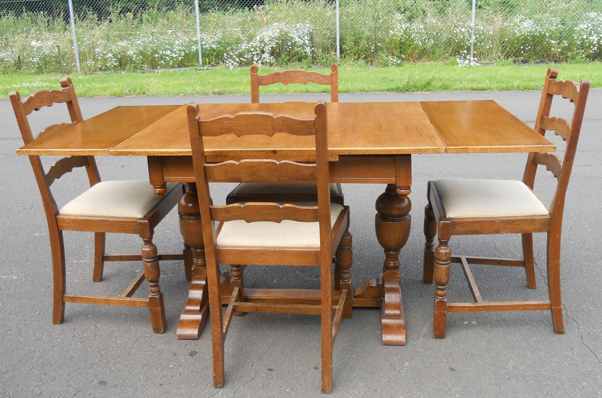 Oak Dining Suite Table Four Chairs