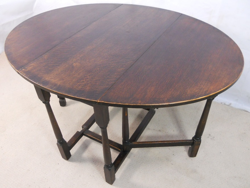 Dining table antique gateleg dining table for Gateleg dining table