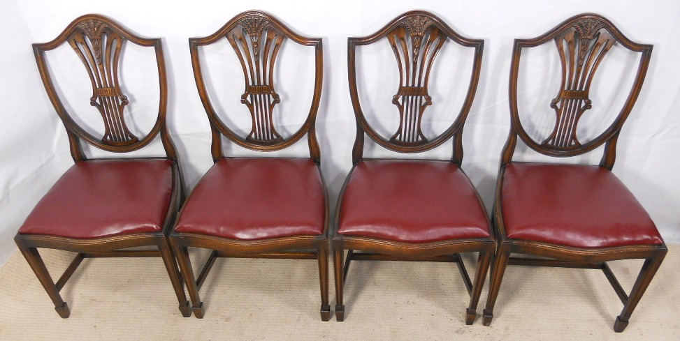 of Six Mahogany Dining Chairs in Georgian Style