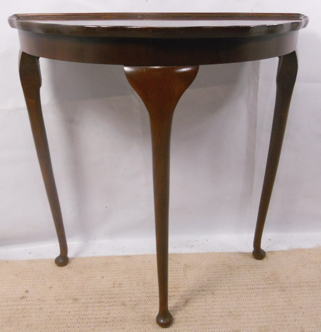 small walnut console table in antique queen anne style  pasp
