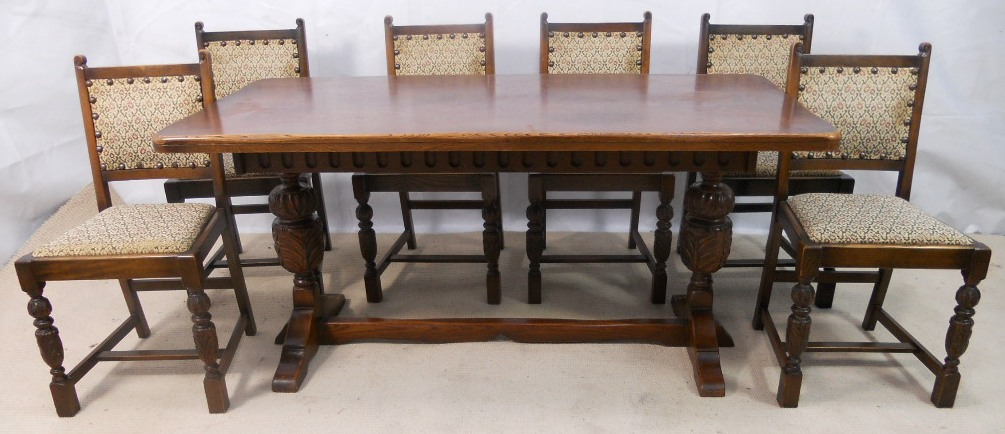 Antique Oak Wood Dining Table And Chairs . - Salvoweb Antique Oak Dining Table The Amazing And Interesting