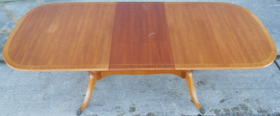 Sold Regency Style Light Mahogany Extending Dining Table To Seat Eight