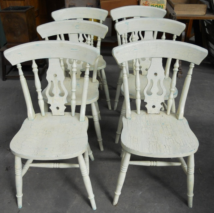 Victorian style painted kitchen table matching six chairs for Painted kitchen chairs