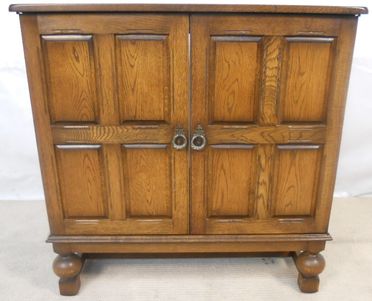 - Antique Style Reproduction TV Cabinet Cupboard - SOLD