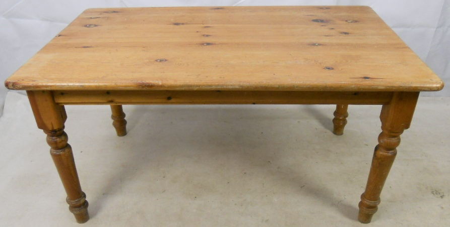 Pine Farmhouse Kitchen Dining Table