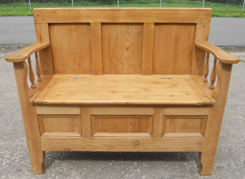 Pine Hall Settle Bench, Storage Box Seat   SOLD .