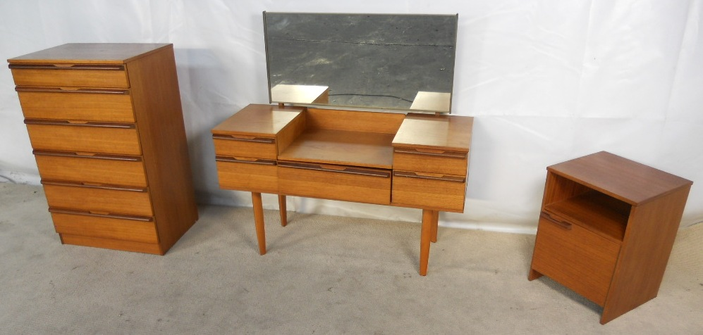Fabulous Retro Teak 1960 s Bedroom Set by Avalon JZ18