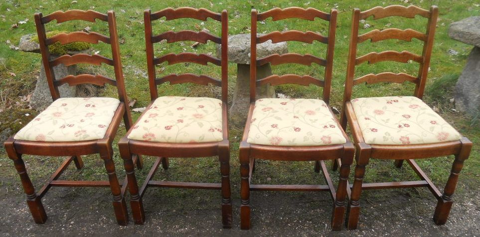 Set of Four Ladderback Oak Dining Chairs