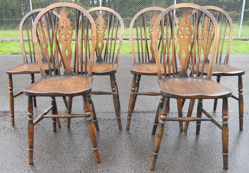 Set of Six Elm & Beech Wheelback Kitchen Dining Chairs
